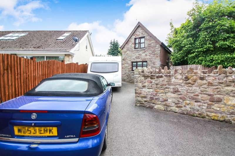 2 Bedrooms Detached House for sale in Park Drive, Llangattock, Crickhowell, NP8