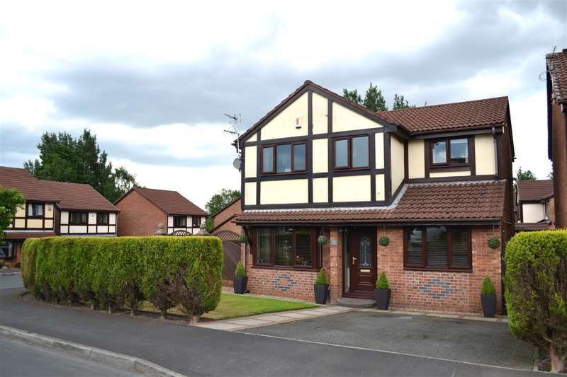 4 Bedrooms Detached House for sale in Heathlea, Hindley Green