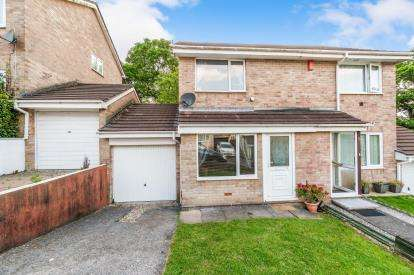 2 Bedrooms Semi Detached House for sale in Plympton, Devon