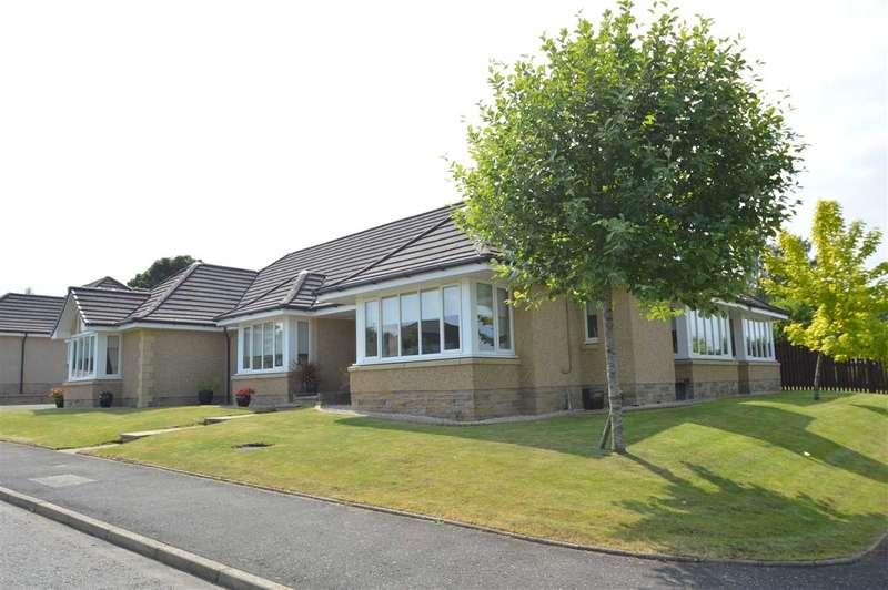 5 Bedrooms Bungalow for sale in Byretown Grove, Lanark