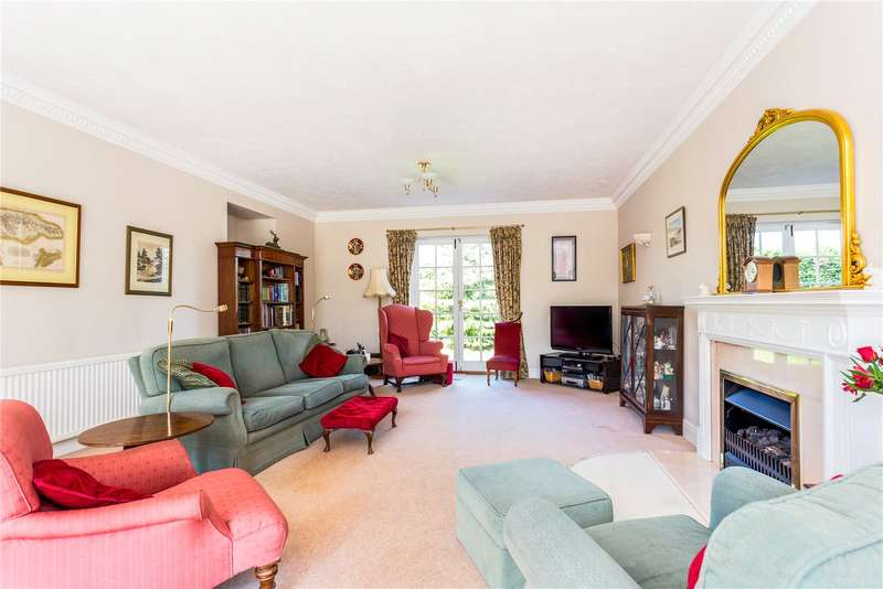 5 Bedrooms Detached House for sale in Woodcote Green Road, Epsom, Surrey, KT18