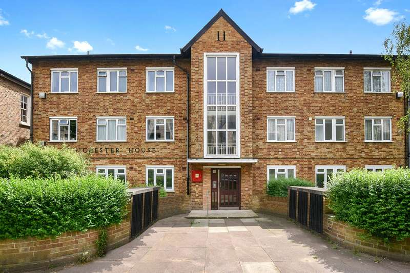 3 Bedrooms Flat for sale in Chichester House, Chichester Road, London, NW6