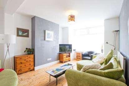 4 Bedrooms Terraced House for sale in Martingale Road, Brislington, Bristol, Brislington