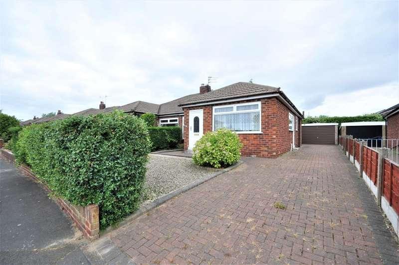 2 Bedrooms Semi Detached Bungalow for sale in Polperro Drive, Freckleton, Preston, Lancashire, PR4 1YD