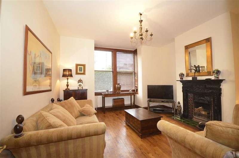 4 Bedrooms Semi Detached House for sale in Brunswick Grove, New Southgate, N11