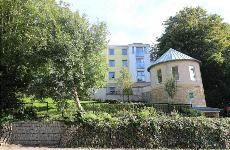 2 Bedrooms Property for sale in Tregolls Road, Truro