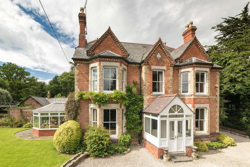 6 Bedrooms Detached House for sale in Trefnant, Denbigh
