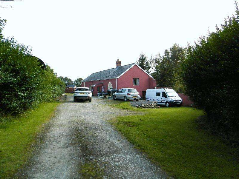 4 Bedrooms Barn Conversion Character Property for sale in Bryngwenith, Henllan