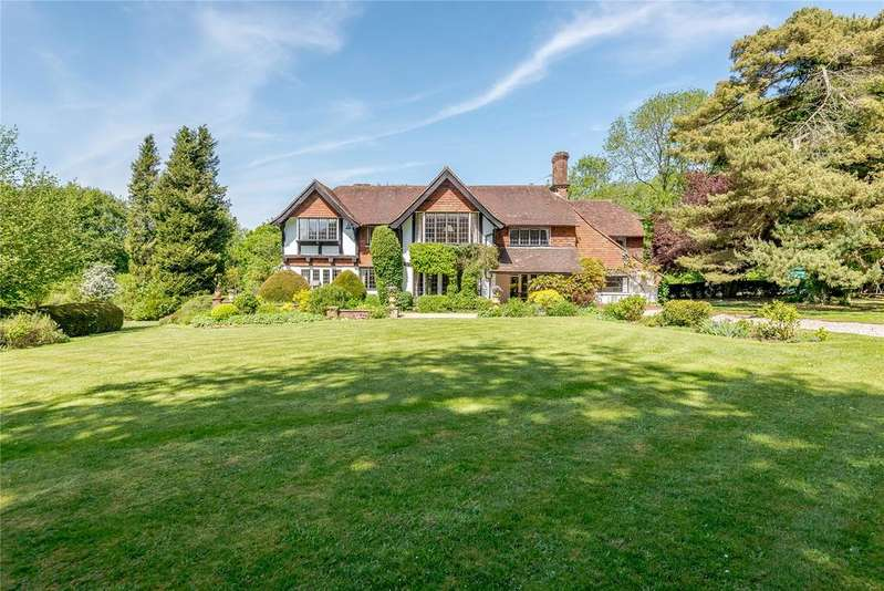 6 Bedrooms Detached House for sale in Swaines Hill, Alton, Hampshire