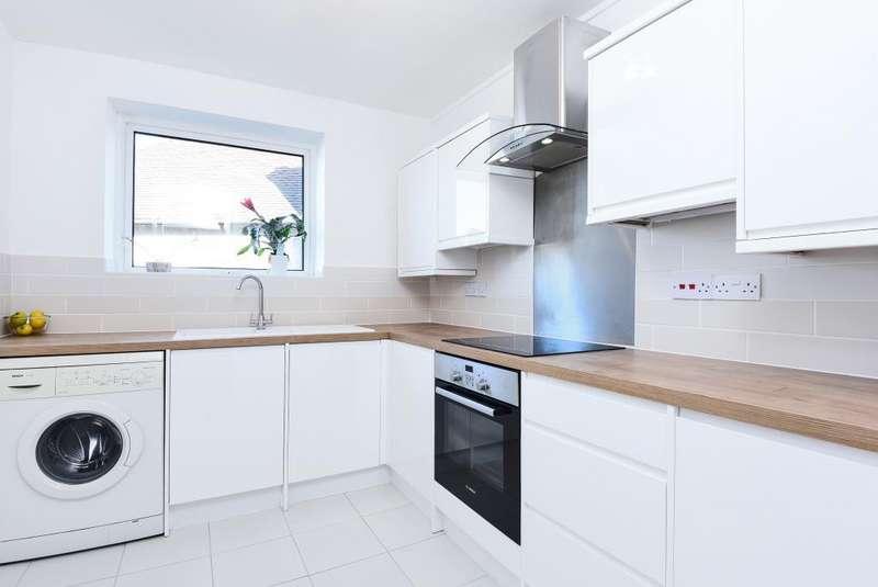 1 Bedroom Flat for sale in Sharon Court, Alexandra Grove, N12