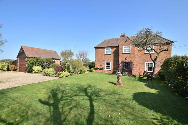 4 Bedrooms Detached House for sale in Elmstead, Colchester, CO7 7AX