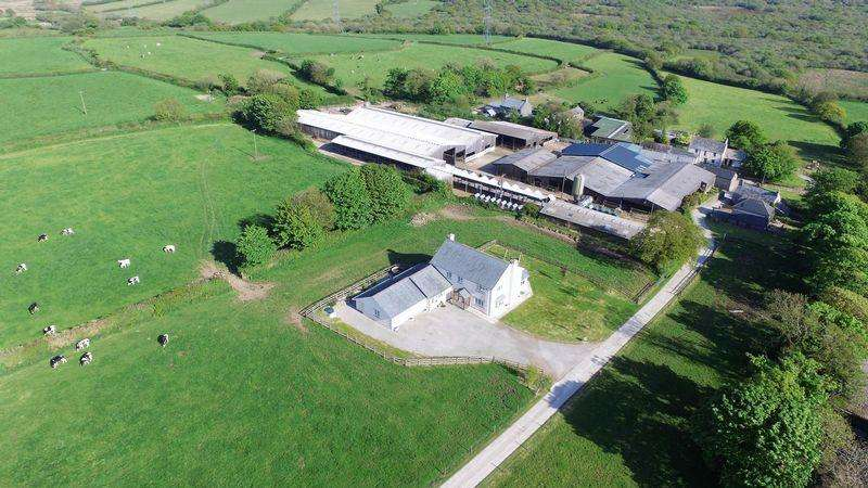 3 Bedrooms Farm Commercial for sale in Bokiddick, Bodmin