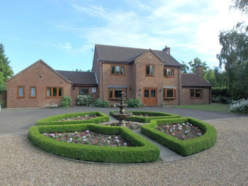 5 Bedrooms Detached House for sale in Cranesgate North, Whaplode
