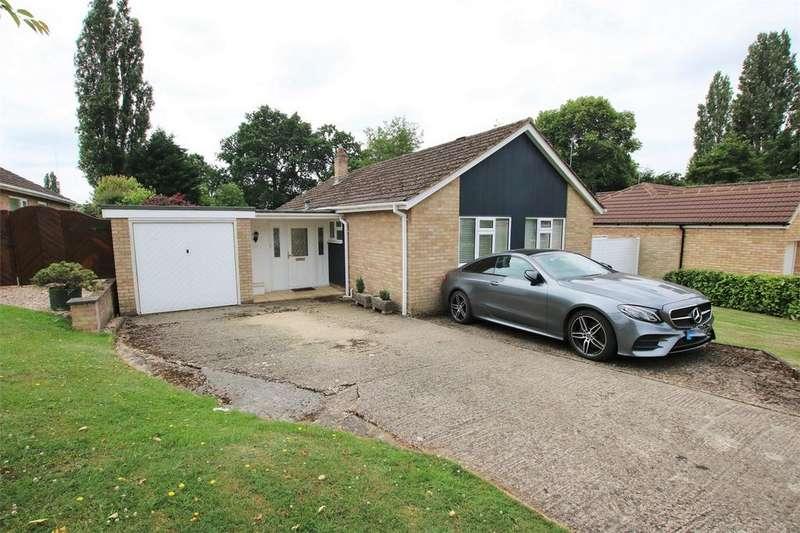 3 Bedrooms Detached Bungalow for sale in Arthur Road, WOKINGHAM, Berkshire