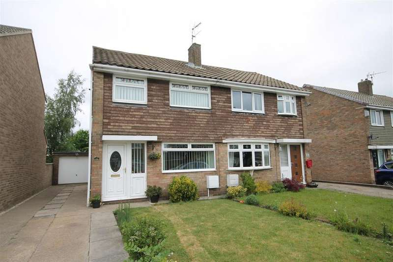 3 Bedrooms Semi Detached House for sale in Widecombe Walk, Ferryhill