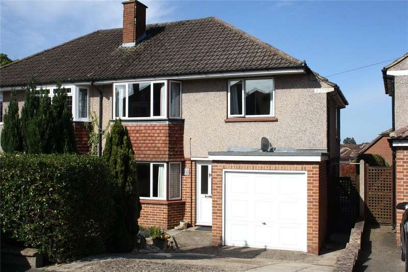 3 Bedrooms Semi Detached House for sale in Churchill Avenue, Aldershot, Hampshire, GU12