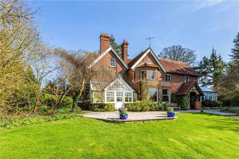 7 Bedrooms Detached House for sale in Bath Road, Halfway, Newbury, Berkshire, RG20