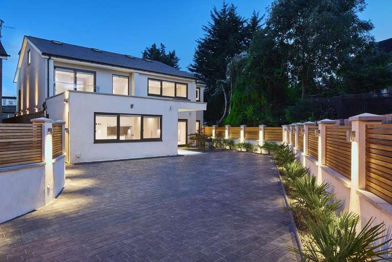 7 Bedrooms Detached House for sale in Brinsdale Road, London