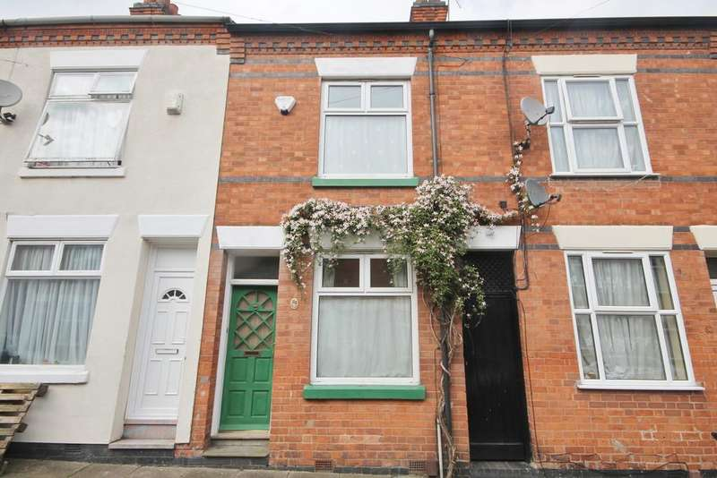 2 Bedrooms Terraced House for sale in Warwick Street, West End, Leicester LE3