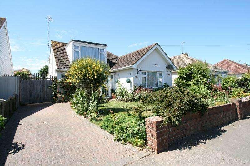 4 Bedrooms Detached House for sale in Seaview Road, Brightlingsea
