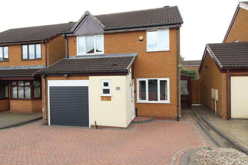 4 Bedrooms Detached House for sale in Mayfields Drive, Brownhills, Walsall