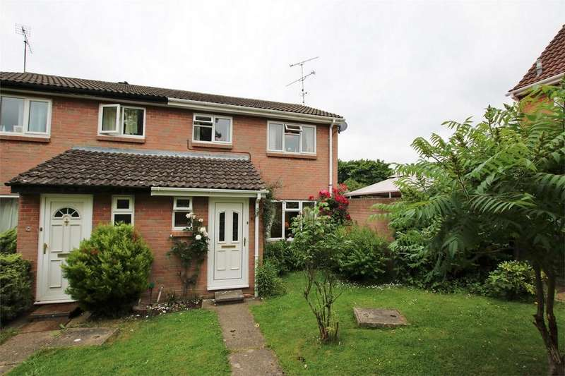 3 Bedrooms End Of Terrace House for sale in Linnet Walk, WOKINGHAM, Berkshire