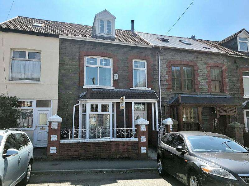 5 Bedrooms Terraced House for sale in Station Street, Treherbert, Treorchy, Rhondda, Cynon, Taff. CF42 5HT