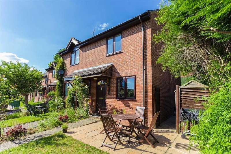 2 Bedrooms Terraced House for sale in Ludlow Mews, High Wycombe