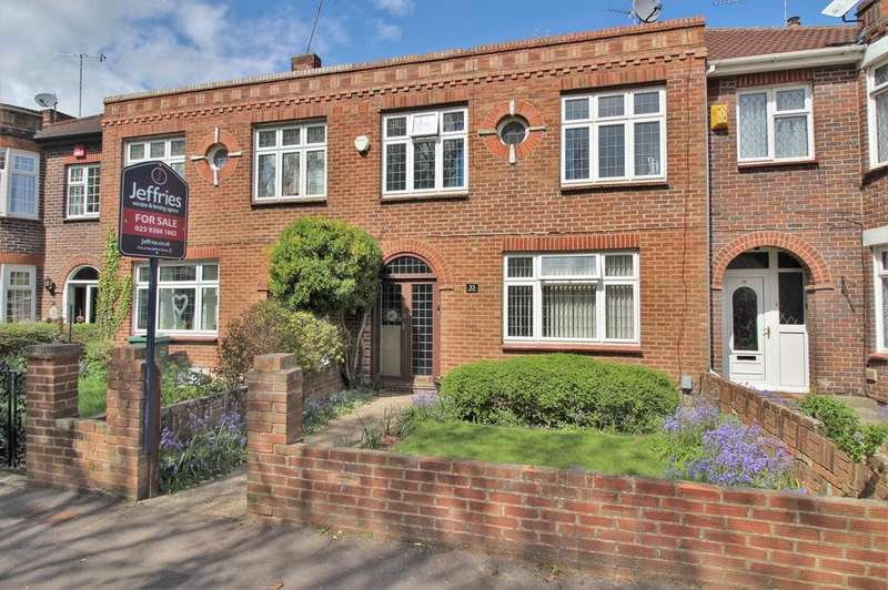 4 Bedrooms Terraced House for sale in Military Road, Hilsea