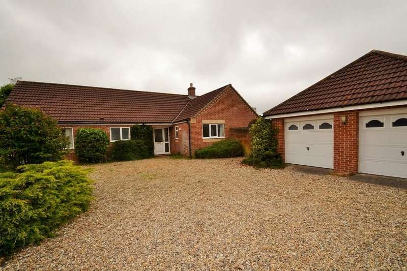 3 Bedrooms Detached Bungalow for sale in Briston