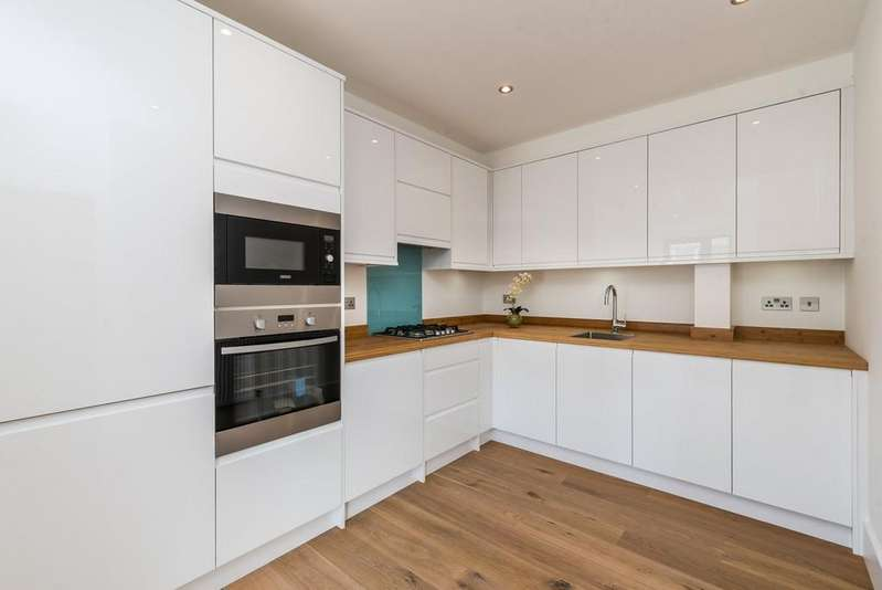 2 Bedrooms Apartment Flat for sale in Coldharbour Lane, London
