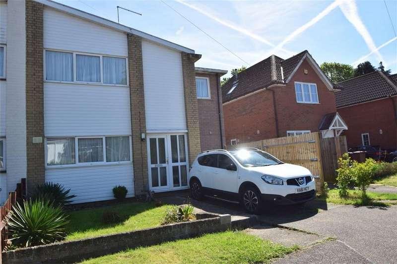 3 Bedrooms Semi Detached House for sale in Wiltshire Road, Stevenage, Hertfordshire
