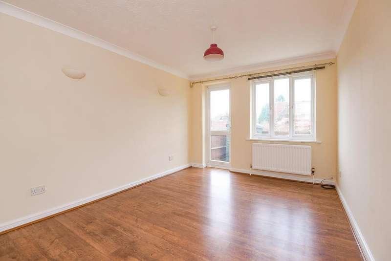 2 Bedrooms Maisonette Flat for sale in Kingsclere, Berkshire, RG20