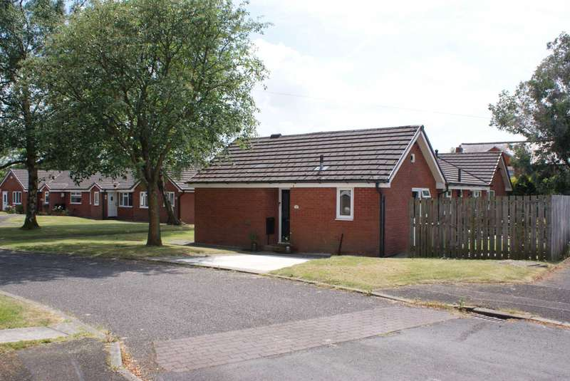 1 Bedroom Retirement Property for sale in Westcott Close, Harwood
