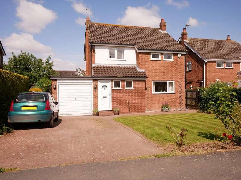 3 Bedrooms Detached House for sale in 15 Tattenhall Road, Tattenhall
