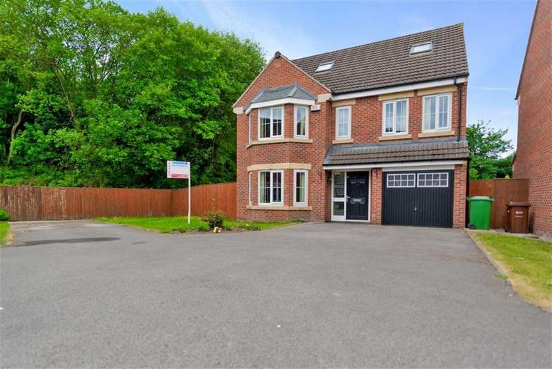 5 Bedrooms Detached House for sale in Tingle View, Farnley, Leeds, West Yorkhsire, LS12