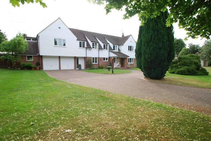 6 Bedrooms Detached House for sale in Bardfield Road, Finchingfield, Braintree, Essex, CM7