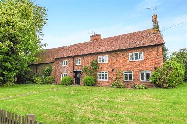 6 Bedrooms Farm House Character Property for sale in Lower Road, Hardwick, Buckinghamshire. HP22 4DZ