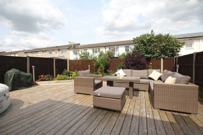 3 Bedrooms Terraced House for sale in Appledore, Bracknell