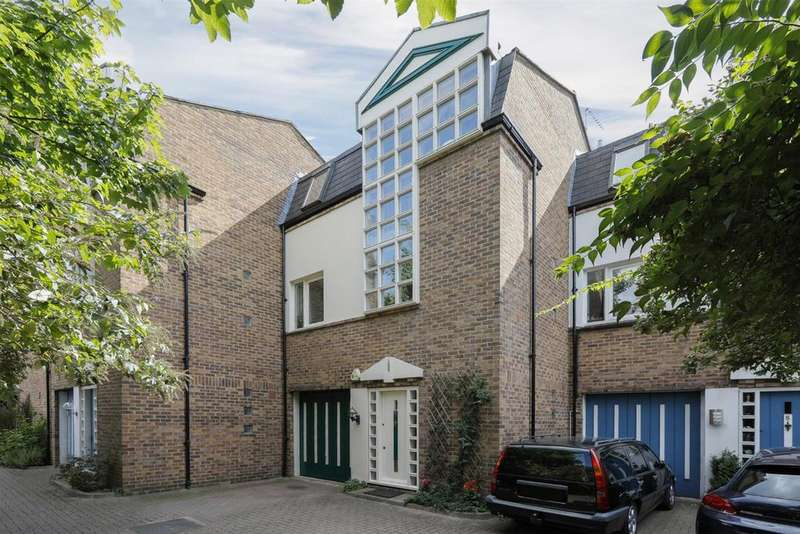 3 Bedrooms Terraced House for sale in Martineau Mews, London