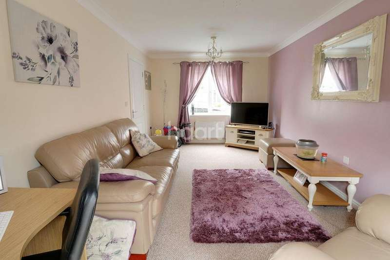 3 Bedrooms Detached House for sale in Scarsdale Way, Grantham
