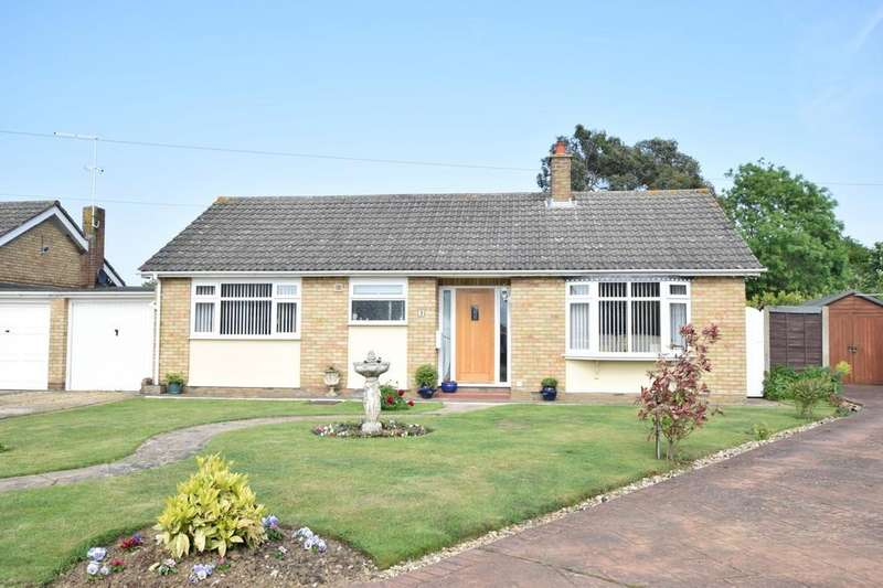 3 Bedrooms Detached Bungalow for sale in St. Thomas Close, Colchester, CO4 0JD