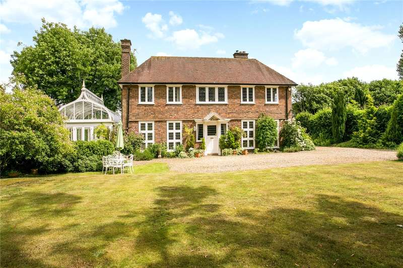 4 Bedrooms Detached House for sale in Oakway, Amersham, Buckinghamshire, HP6