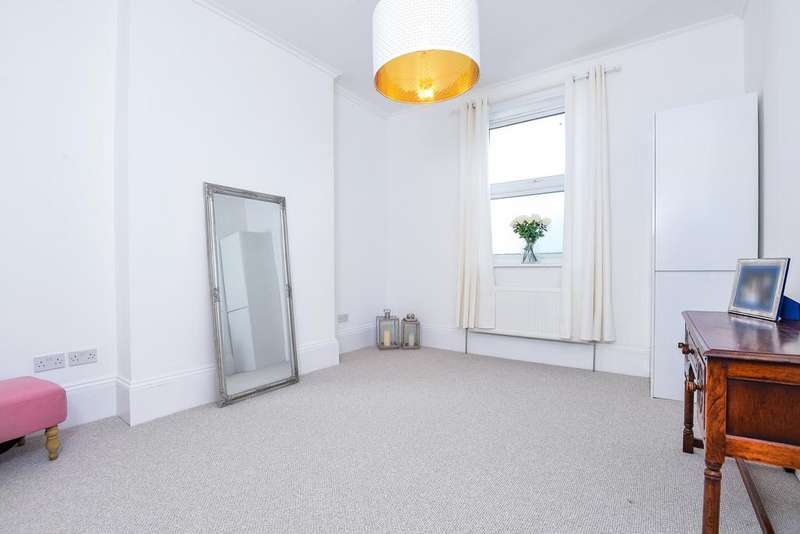 1 Bedroom Flat for sale in Delacourt Road SE3