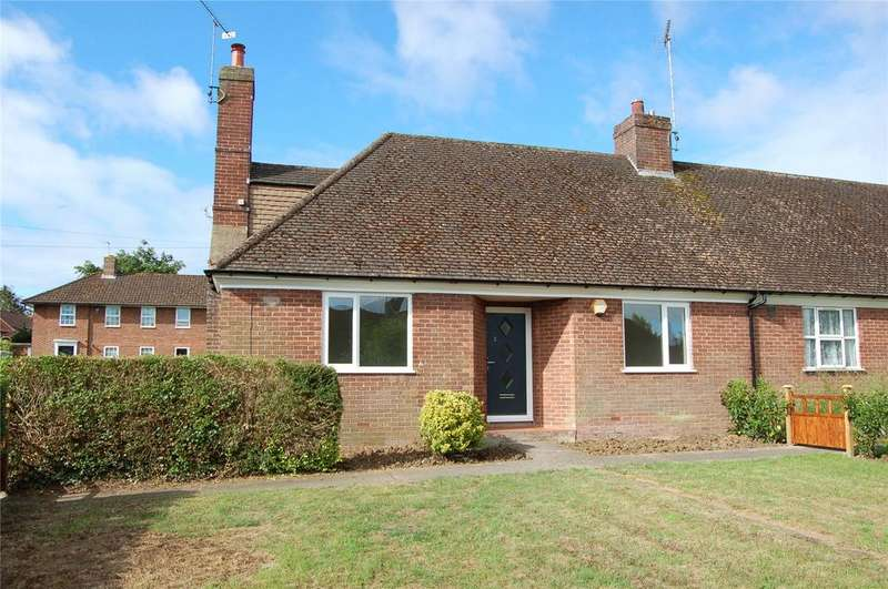 2 Bedrooms Bungalow for sale in Drakeloe Close, Woburn, Bedfordshire, MK17