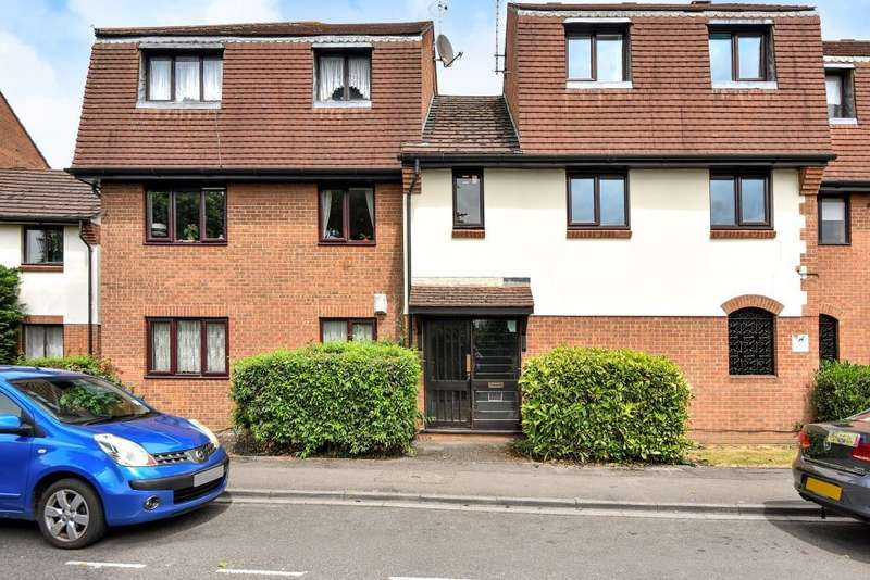 2 Bedrooms Flat for sale in Slough, Berkshire, SL1