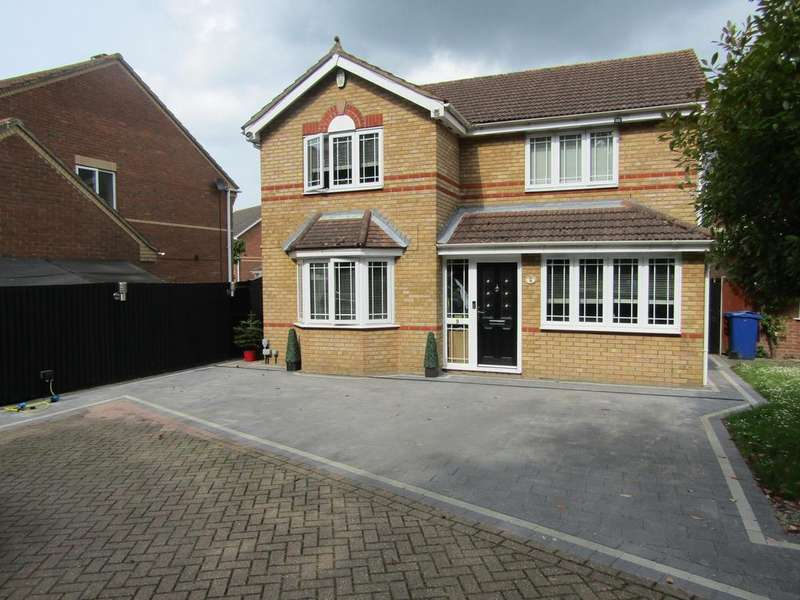 4 Bedrooms Detached House for sale in Holly Drive