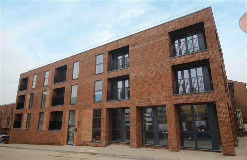 1 Bedroom Flat for sale in Kiln Close, Gloucester
