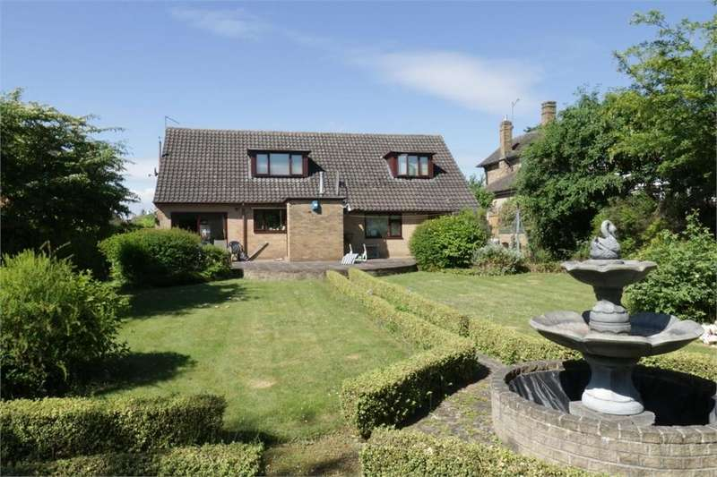 4 Bedrooms Detached House for sale in Hallam Road, Moorgate, Rotherham, South Yorkshire