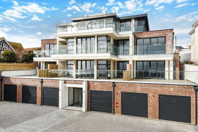 3 Bedrooms Flat for sale in Aquavista, Marine Drive Brighton BN2